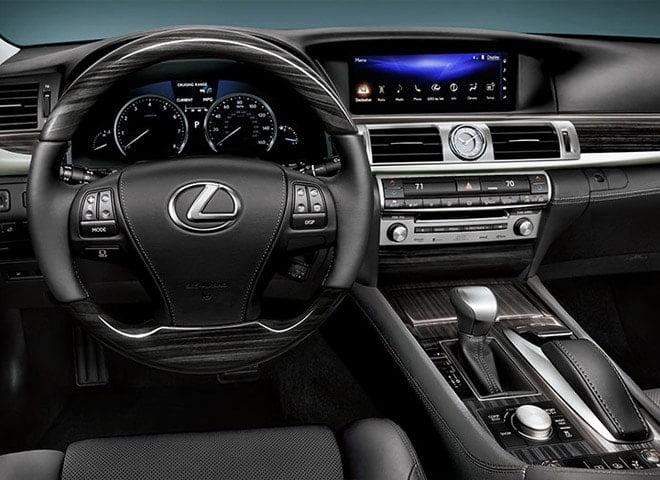 lexus luxury sedan2