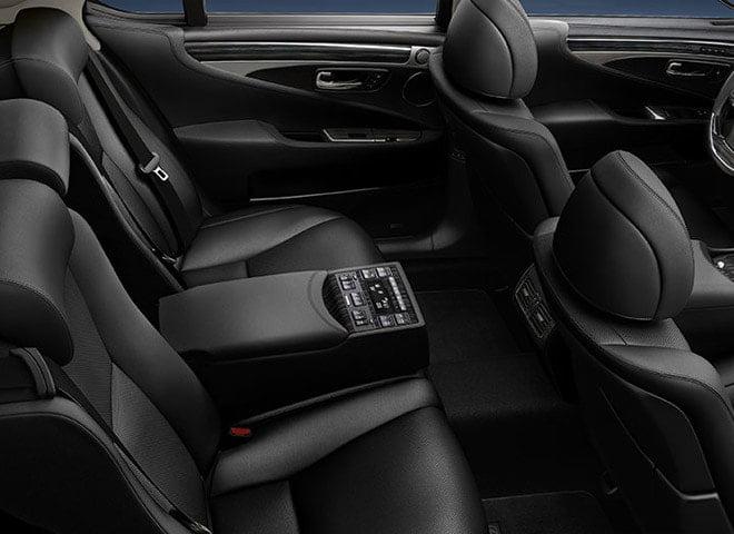 lexus luxury sedan3